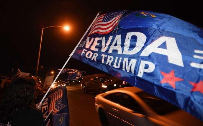 Un partisan de Donald Trump à Las Vegas, Nevada, le 5 novembre 2020.