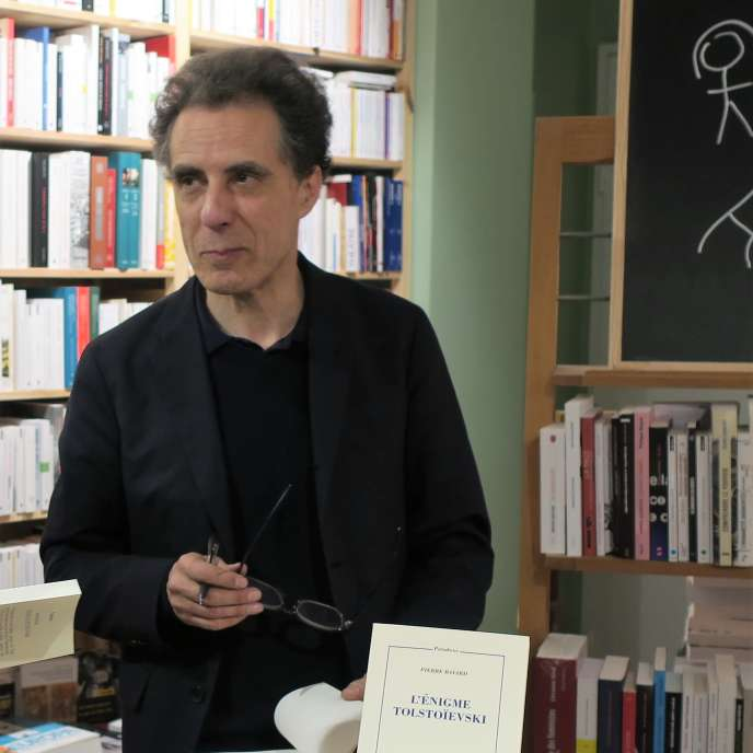 L'essayiste Pierre Bayard, à Paris, en 2017.