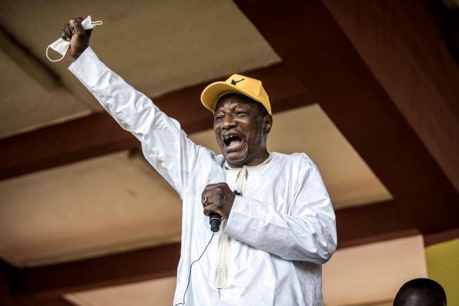 Alpha Condé, le 16octobre, lors d'un meeting de campagne à Conakry, la capitale guinéenne.
