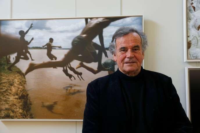 Le photographe Bruno Barbey à l'Académie francaise, à Paris, en avril 2016.