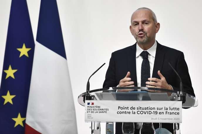 Jérôme Salomon, lors de la conférence de presse hebdomadaire du ministre de la santé sur la pandémie de Covid-19, à Paris, le 5 novembre.