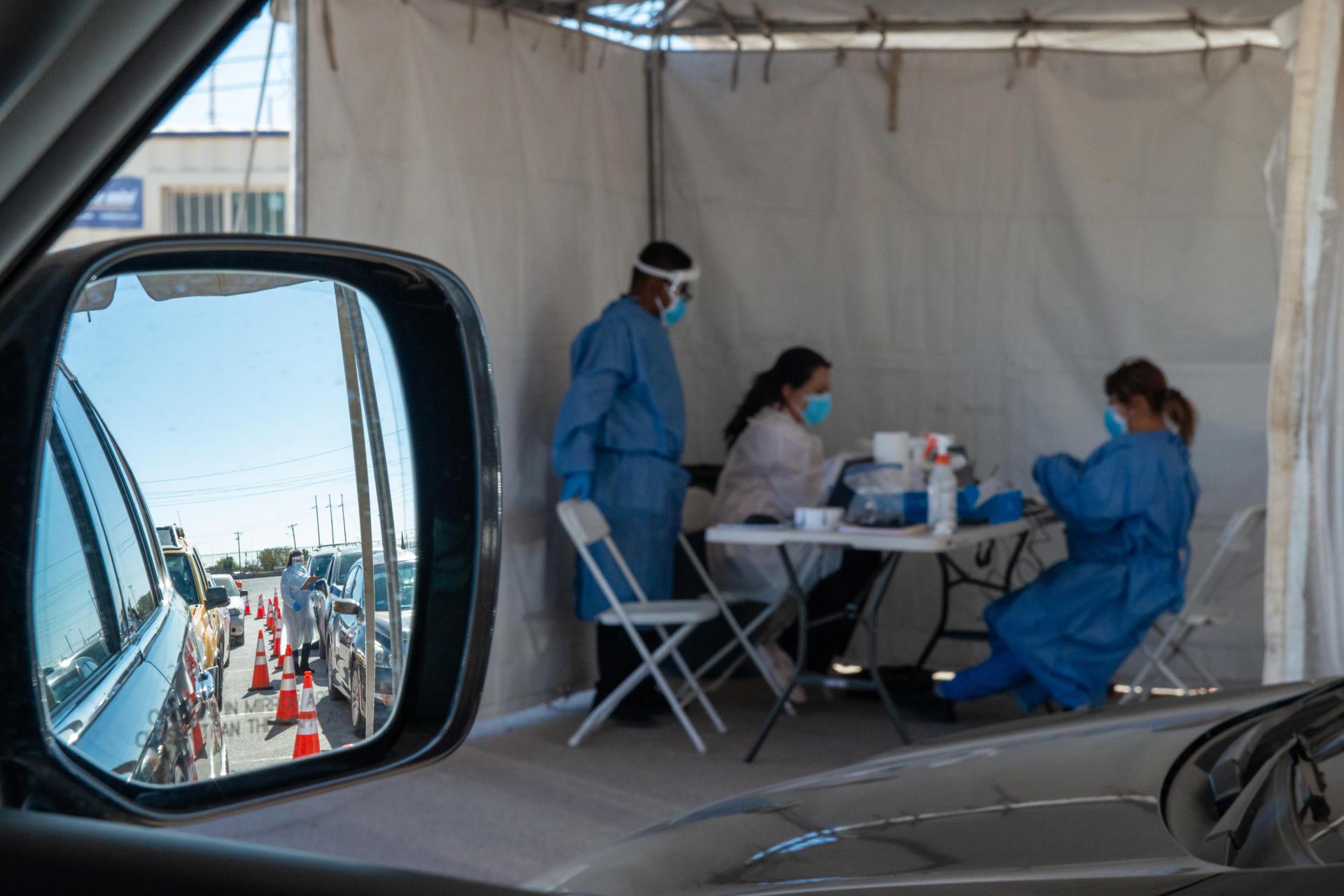 Un centre « drive-in» de tests du Covid-19 situé dans le parc Ascarate, à El Paso, au Texas, le 11 novembre.