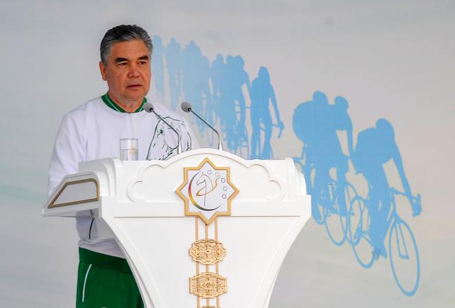 Le président turkmène, Gourbangouly Berdymoukhamedov, en juin.