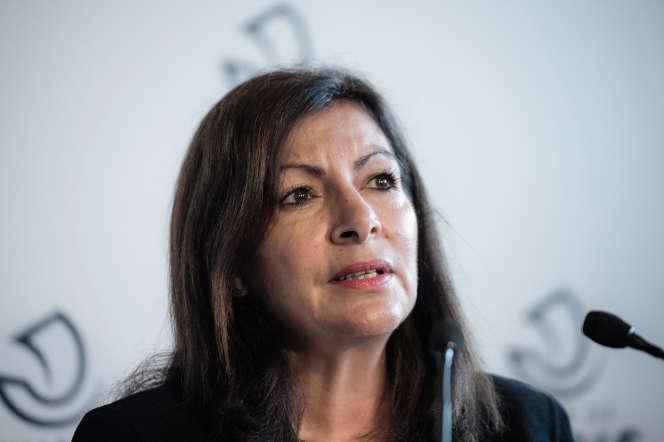 Anne Hidalgo, lors d'une conférence de presse, à Paris, le 29 octobre.