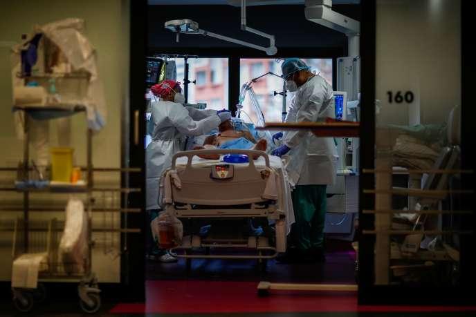 Au Centre cardiologique du Nord, à Saint-Denis (Seine-Saint-Denis), le 17 novembre 2020.