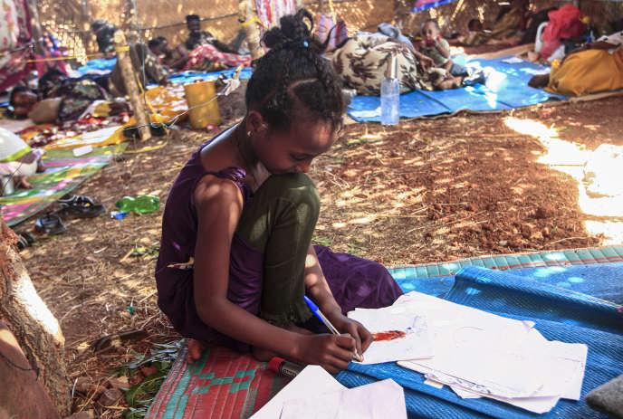 Milat Kediset, une petite fille éthiopienne de 9 ans, dans le camp d'Oum Rakuba, au Soudan, le 16 novembre.