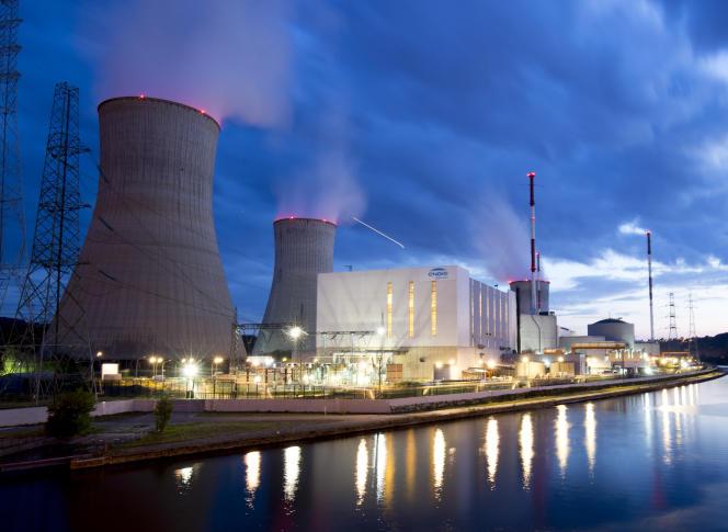La centrale nucléaire de Tihange, près de Liège (Wallonie), en juillet 2017.