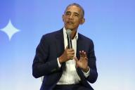 Barack Obama le 19 février 2019, au sommet de sa fondation, My Brother's Keeper Alliance,à Oakland, (Californie).