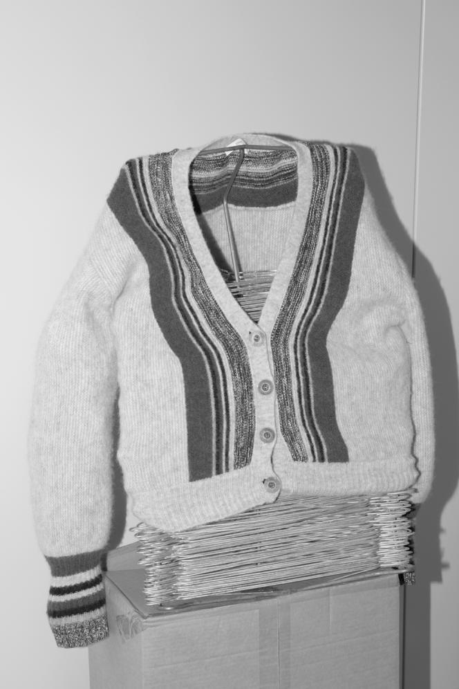 Cardigan Maida, en laine et alpaga mélangés, à motif exclusif, Sessùn, 260 €.
