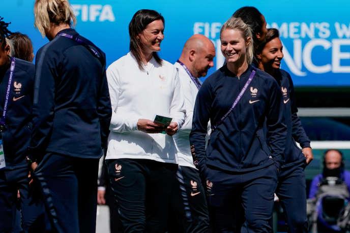 Corinne Diacre et Amandine Henry lors de la Coupe du monde 2019.