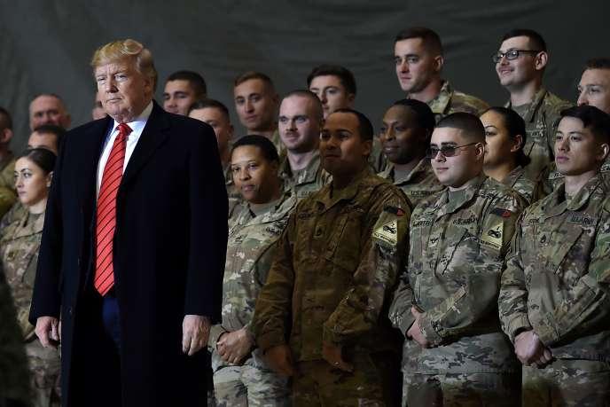 Donald Trump lors de sa viste aux troupes américaines sur la base aérienne de Bagram (Afghanistan), le 28 novembre 2019.