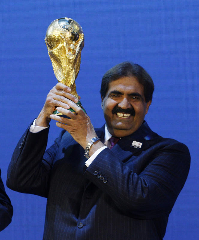 Le cheikh Hamad Ben Khalifa Al Thani, émir du Qatar, à l'annonce de l'organisation par son pays dela Coupe du monde 2022, à Zurich, en 2010.