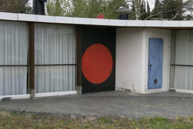 La Maison ronde de Mirepoix (Ariège), conçue et construite par Serge Binotto