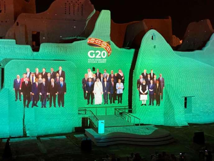Projection de l'habituelle « photo de famille» du G20 annuel, présidé cette année par l'Arabie saoudite, le 20 novembre.