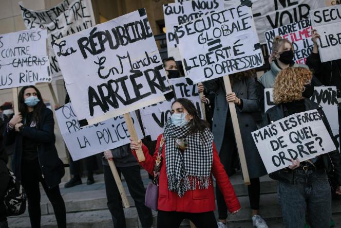 Manifestation contre la proposition de loi de «sécurité globale» près du Trocadéro, àParis, samedi 21novembre.