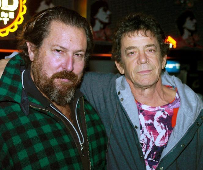 L'artiste et réalisateur Julian Schnabel au côté de Lou Reed, lors d'une projection d'«Avant la nuit» (2000), à Francfort (Allemagne), le 29 janvier 2004.