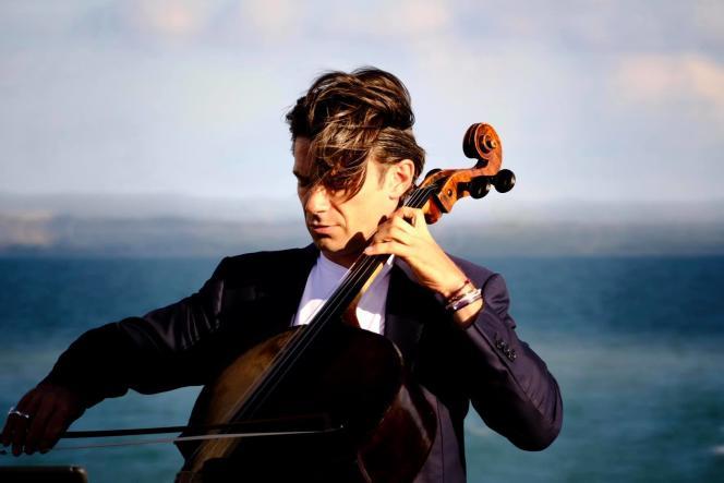 Le violoncelliste Gautier Capuçon, à Cancale (Ille-et-Vilaine), en août 2018.