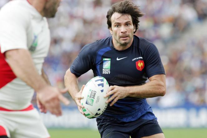 Avec le XV de France qui l'a sélectionné 67 fois, il a remporté deux grands chelems, en 1998 et 2004, et deux victoires lors du Tournoi des Six Nations (2006, 2007).