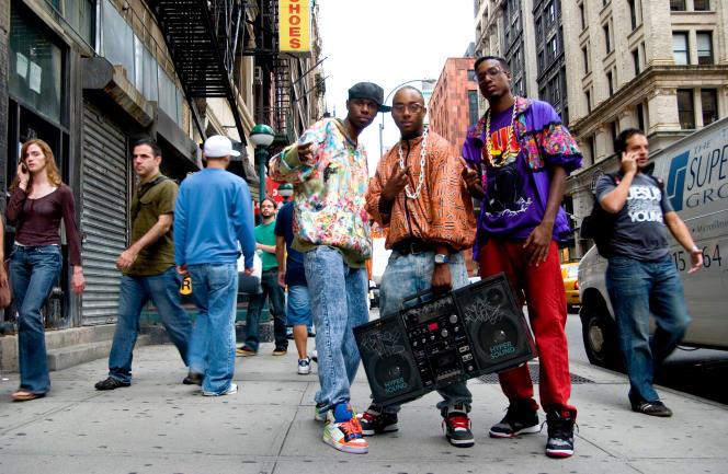 La culture hip-hop envahit les rues de New York, au début des années 1980.
