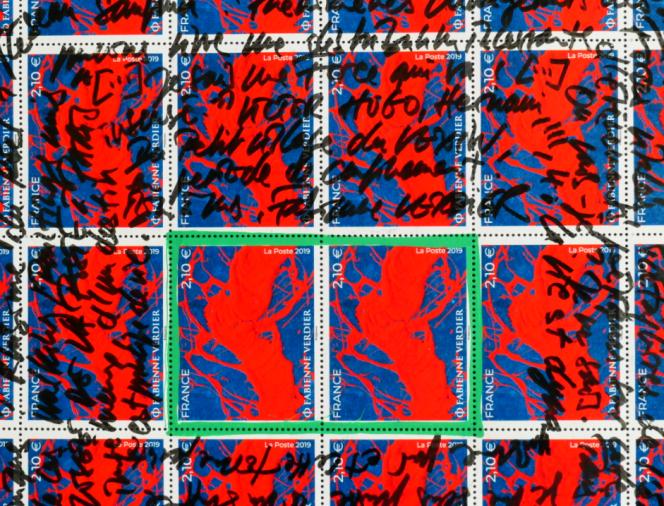 Détail de la feuille de timbres de Fabienne Verdier (2019), avec sa signature.