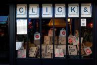 Pizzeria proposant à ses clients le système du «click and collect» pendant le confinement, le 25 novembre 2020.