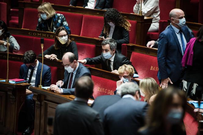Le premier ministre, Jean Castex, et le ministre de l'intérieur, Gérald Darmanin, à l'Assemblée nationale, le 24 novembre.