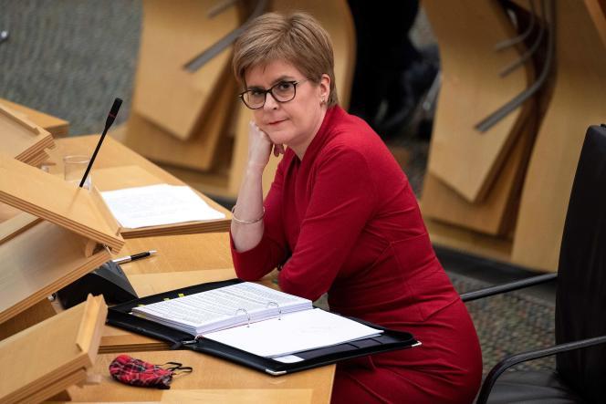 La première ministre écossaise, Nicola Sturgeon, au Parlement écossais, le 26 novembre à Edimbourg.