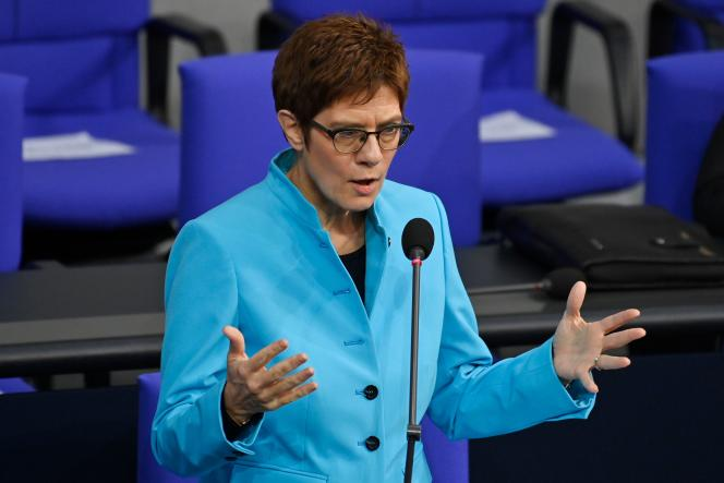 La ministre allemande de la défense, Annegret Kramp-Karrenbauer, au Bundestag, le 25 novembre à Berlin.