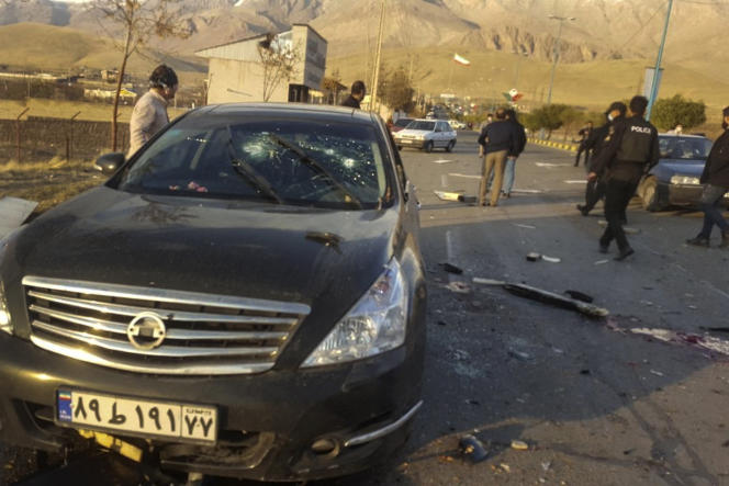La voiture de Mohsen Fakhrizadeh, après l'attaque dont il a été la cible, le 27 novembre 2020.