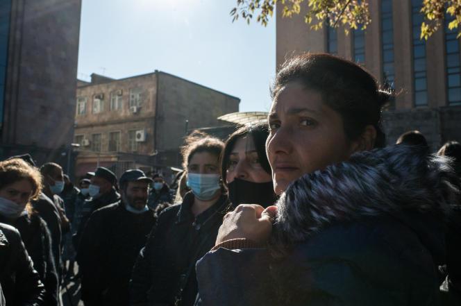 Devant l'ambassade de Russie à Erevan, le 24 novembre.