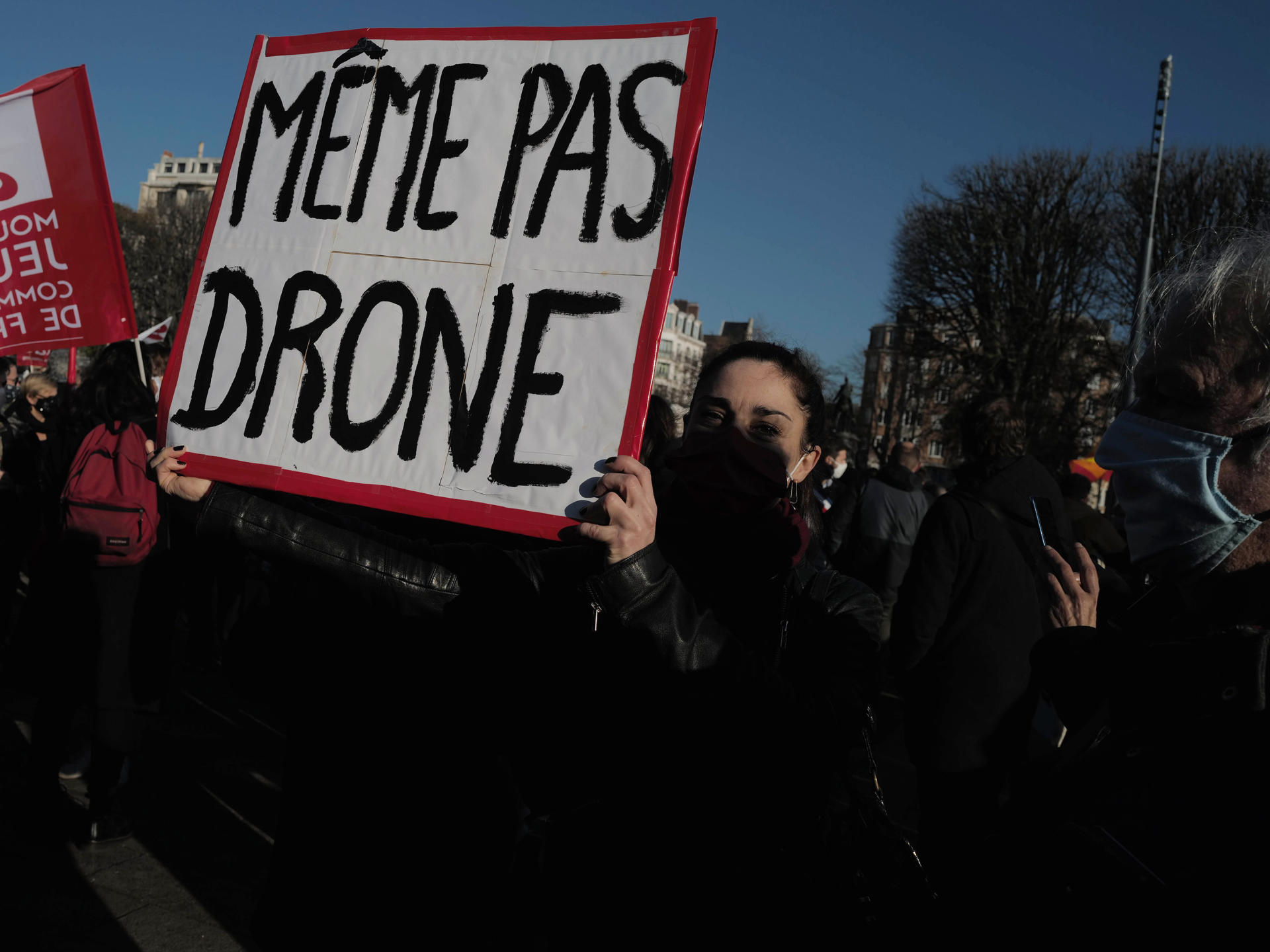 Lors de la marche contre le projet de loi « sécurité globale», à Lille, le 28 novembre.