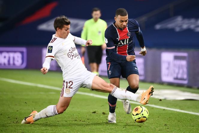 L'attaquant parisien Kylian MBappé n'a pas réussi à tromper les Bordelais, samedi28novembre, au Parc des Princes.