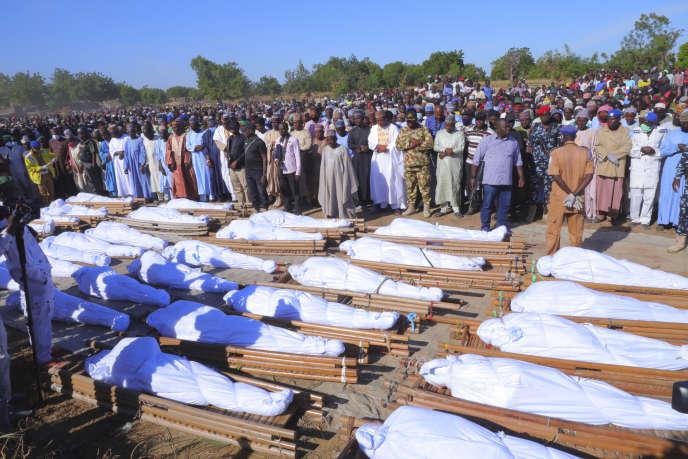 Les personnes tuées dans l'attaque attribuée à Boko Haram le samedi 28 novembre ont été enterrées dimanche.