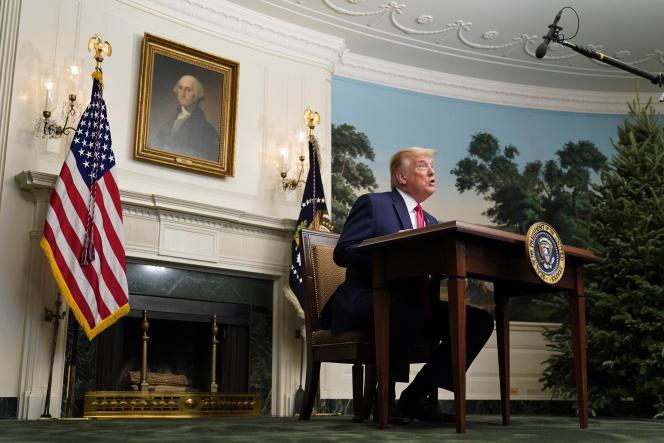 Le président Donald Trump, en visioconférence avec des militaires pour Thanksgiving, le 26 novembre à la Maison Blanche.