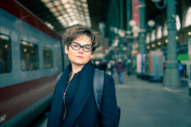 Lucie Pinson, fondatrice et directrice générale de Reclaim Finance, une ONG de campagne entièrement consacrée à la finance et au climat, le 5 février 2020 à Paris.