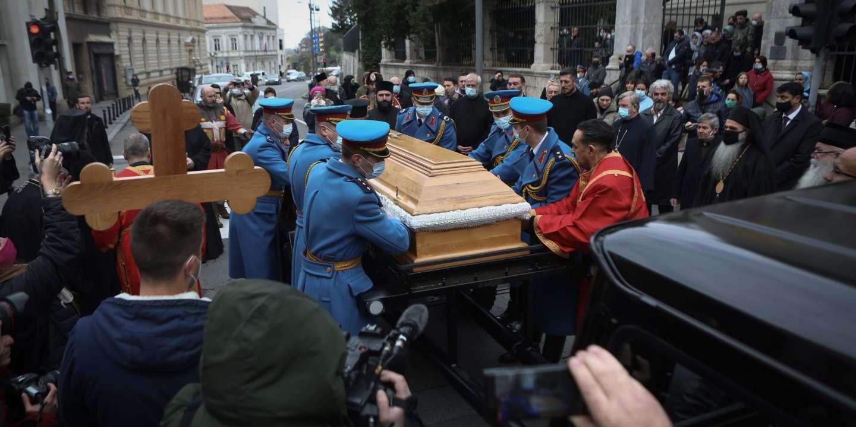 En Serbie, l'Eglise orthodoxe fait fi du Covid-19