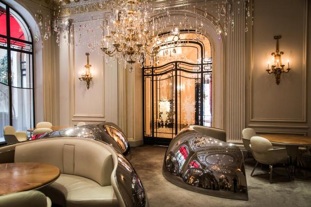 Le restaurant gastronomique du Plaza, dont le chef est Alain Ducasse, à Paris, le 16 novembre.