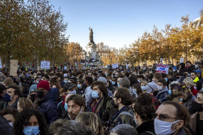 Manifestation contre la loi « sécurité globale»,à Paris, place de la République, le 28novembre 2020. © Agnes Dherbeys / MYOP pour Le Monde