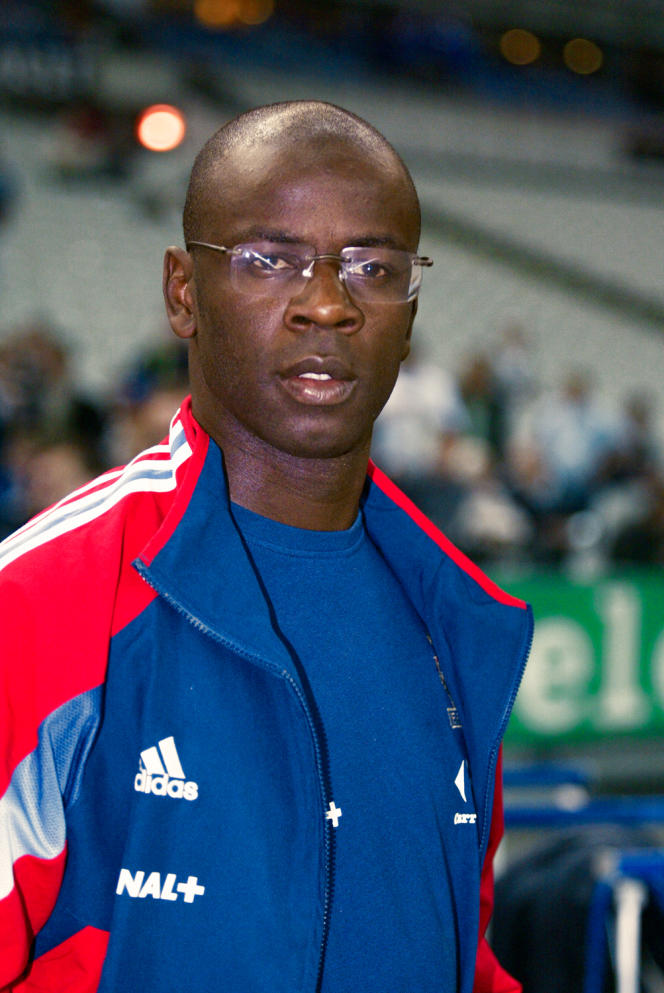 L'ancien défense de l'équipe de France de football, Lilian Thuram, le 12 octobre 2005, au Stade de France.