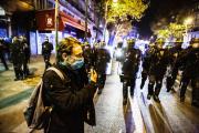 Rémy Buisine lors d'une manifestation contre l'expulsion de migrants, la veille, près de la place de la République à Paris, le 24 novembre.