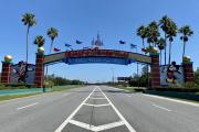 A l'entrée de Disneyworld, à Orlando (Floride), le 5 mai 2020.