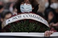 Durant une manifestation à Castres, le 29 octobre, pour la réouverture des commerces.