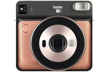 Le numéro 1 dans notre comparatif des appareils photos instantanés Le Fujifilm Instax Square SQ6