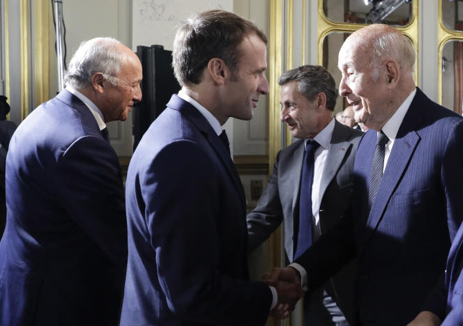 Emmanuel Macron et Valéry Giscard d'Estaing au Conseil constitutionnel à Paris, en octobre 2018.