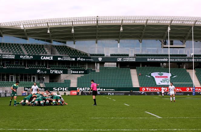 Lors du match de Top 14 entre la Section paloise et le Stade toulousain, le 14 novembre, au stade du Hameau, à Pau.
