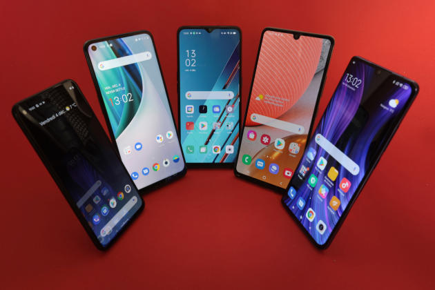 De gauche à droite : Google, OnePlus, Oppo, Samsung, Xiaomi.