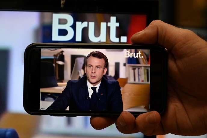 « Moi, j'assume à fond », a martelé M. Macron lors de son entretien à « Brut» à propos du nucléaire.