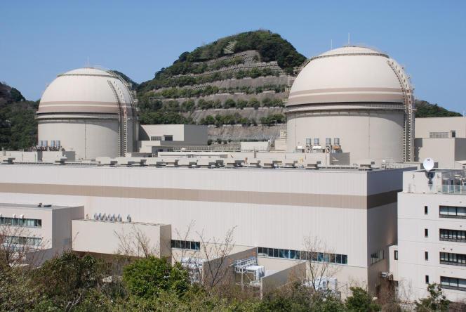Les réacteurs 3 et 4 de la centrale nucléaire d'Ohi, en avril 2012.