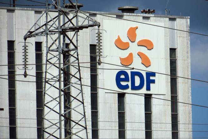 Les quatre fédérations syndicales viennent en outre d'écrire aux grandes associations d'élus du pays « pour les alerter sur les multiples dangers du projet de démantèlement d'EDF ».