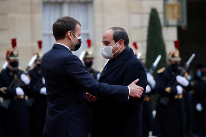 Emmanuel Macron accueille le président égyptien Abdel Fattah Al-Sissi, lundi 7décembre à l'Elysée.
